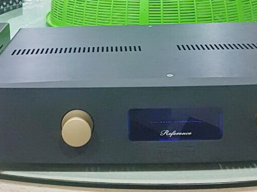 Venture BVBA VP100L Limited Edition linestage preamp 235 / 120 / 100 volts . Free shipping worldwide !