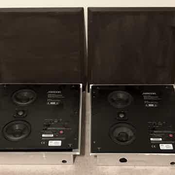 Meridian DSP420, DIGITAL ACTIVE IN WALL LOUDSPEAKERS, S...
