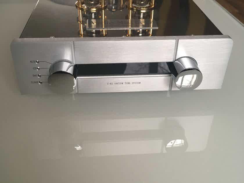 Audio Mirror  T-61 tube preamp
