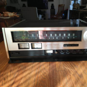 Accuphase T-100 (SUPER TUNER)