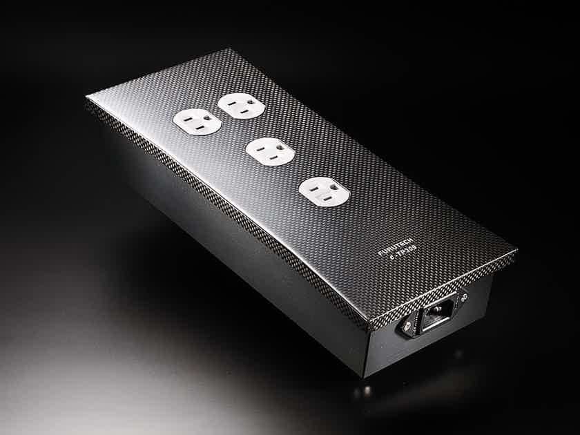 Furutech e-TP309 FOUR Outlet Power Strip