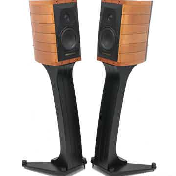 Cremona Auditor M Bookshelf Speakers