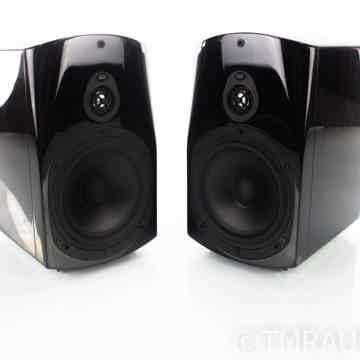 Classic 2 Bookshelf Speakers
