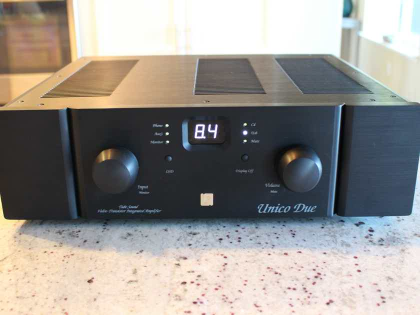 Unison Research Unico Due with USB and Phono