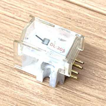 denon dl-305 moving coil cartridge in perfect condition dl-305