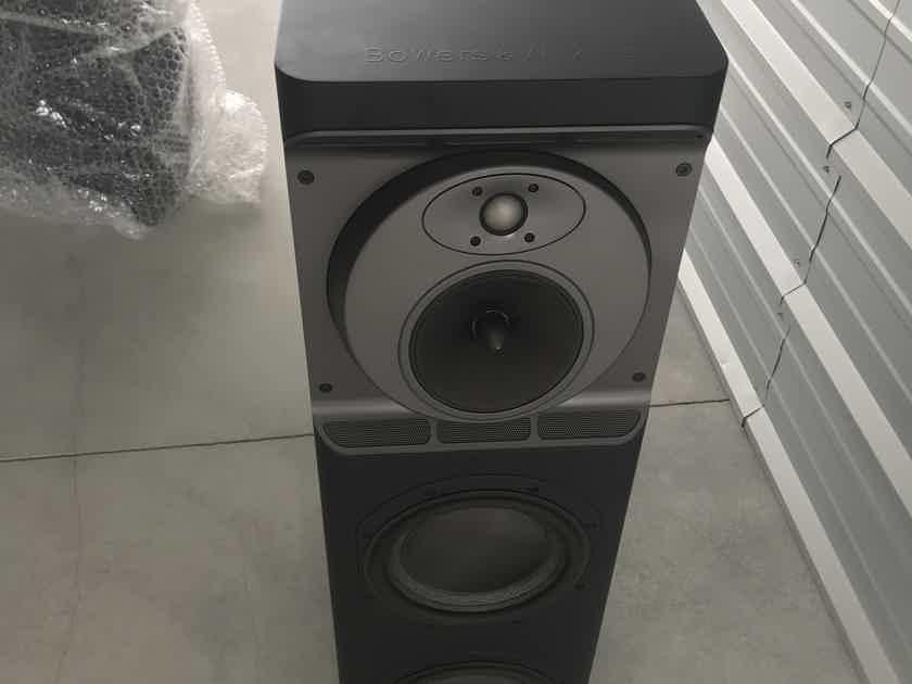 B&W (Bowers & Wilkins) CT-8 LR & CT-8 CC c/w CT 8XO Home Theater Speakers - Black / 3pc–Demo/Warranty