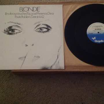 Blondie - (I'm Always Touched By Your) Presence Dear + ...
