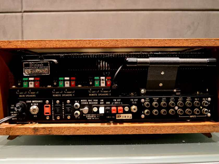 McIntosh 1900 Vintage Stereo Receiver w/ Original Walnut Case
