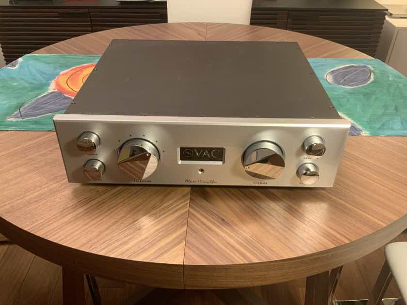 VAC MASTER PREAMP WITH INCREDIBLE PHONO SECTION!