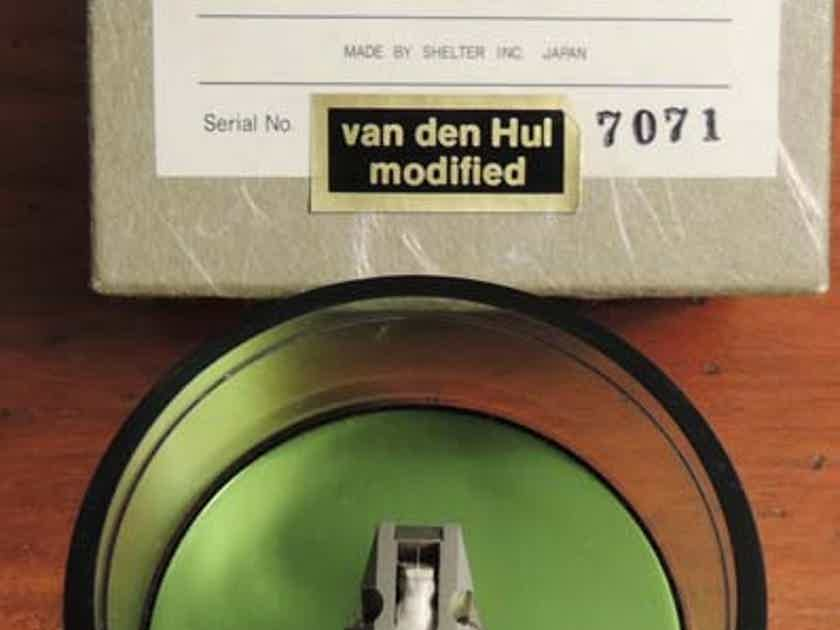 Shelter 7000 Moving Coil Cartridge VDH Retip, Sounds like a Lyra Delos - Lower Price!