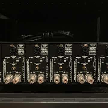 Bryston 9B SST2 PRO MULTI-CHANNEL POWER AMPLIFIER