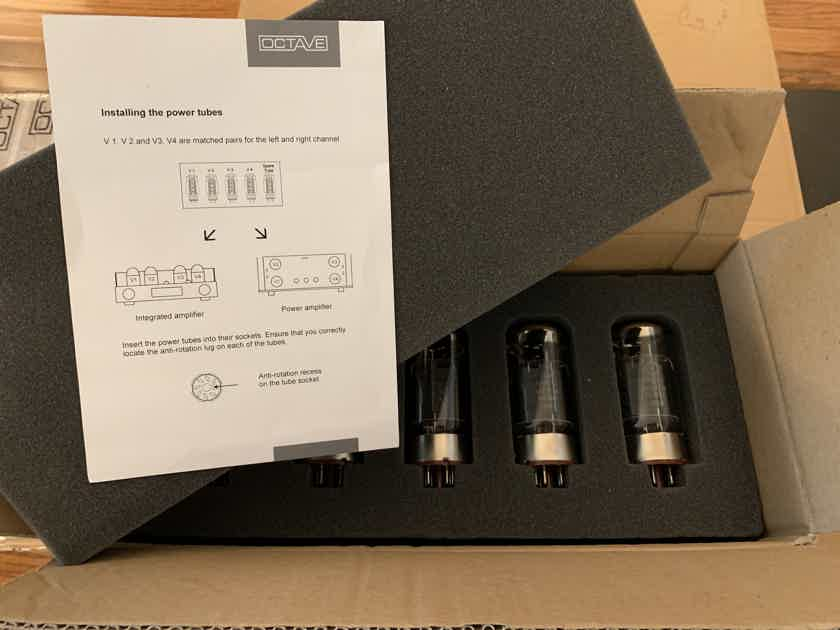 Octave Audio V 70 SE Tube Integrated with Black Box Power Supply