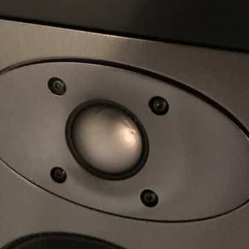 B&W (Bowers & Wilkins) CT8.2 LCRS