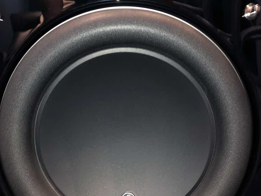 JL Audio Fathom f113 Subwoofer In Fantastic Condition