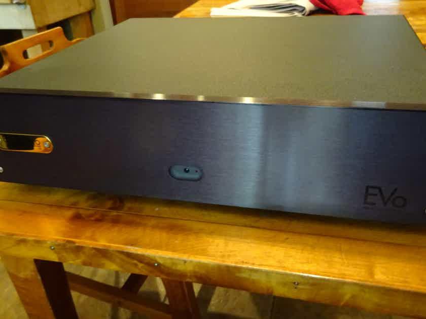 Bel Canto Design Evo 200.2 amp T-class ground-breaking amp!