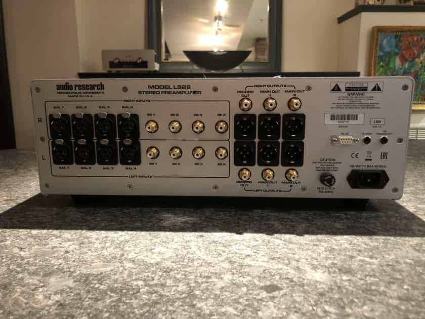 Audio Research LS-28
