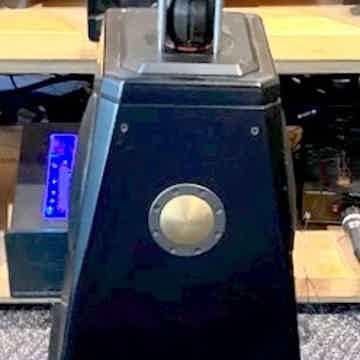 MBL 111-B Single Center Speaker !