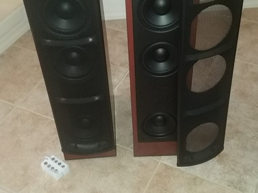 Martin Logan Preface Floor Standing Towers