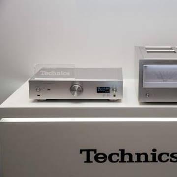 Technics SU-R1 and SE-R1