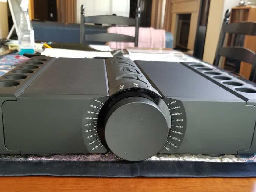 Aavik Acoustics U-300 Integrated Amplifier - REDUCED