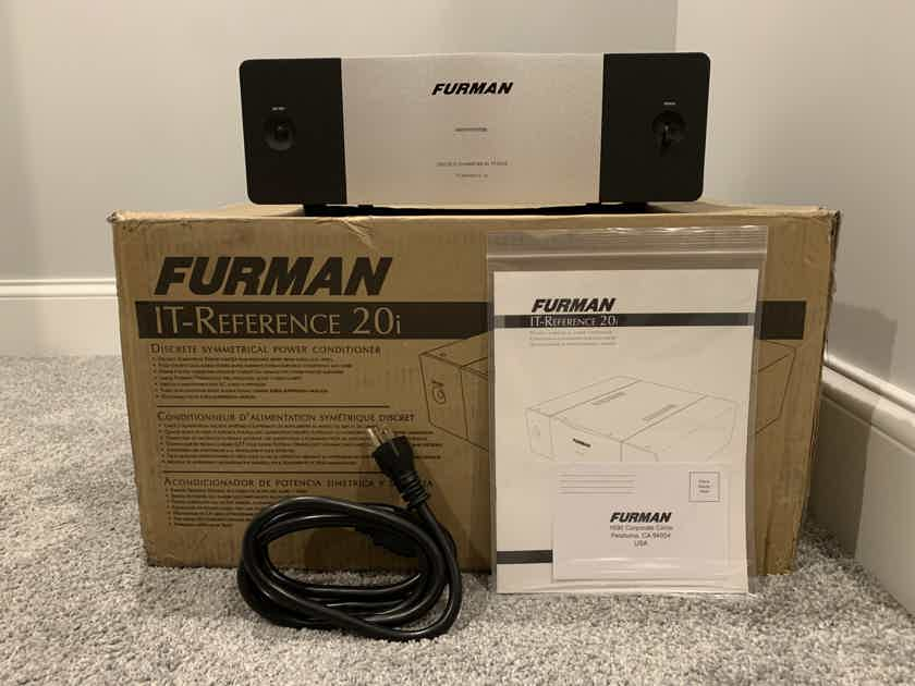 Furman IT Reference 20, Mint, 3 Months Old (IT REF 20)