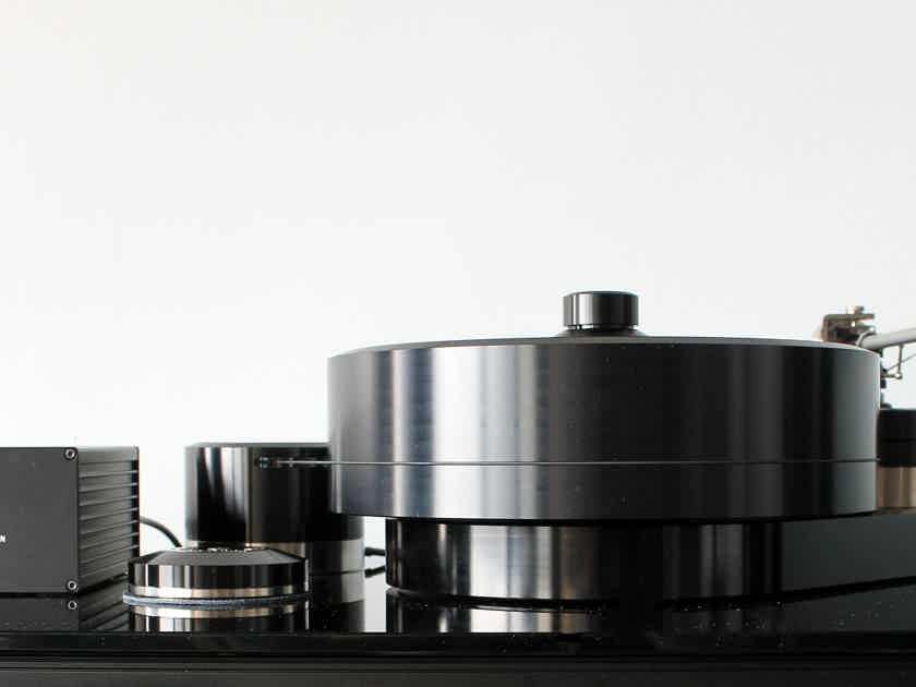 "Brinkmann Audio Balance w/Ront Power Supply & 12.1"" Tonearm"