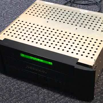 Meridian 861v2 Reference Surround Processor