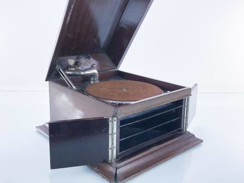 Edison Bell Antique Hand Cranked Tabletop Gramophone; Circa 1927 (16941)