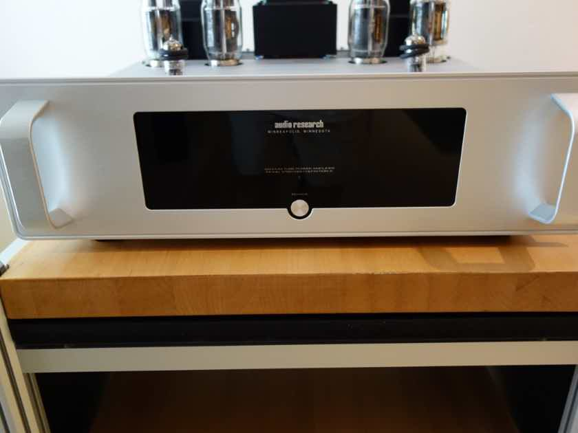 Audio Research VT-80 Stereo Power Amp