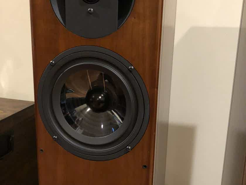 Vienna Acoustics Bach Grand Speakers