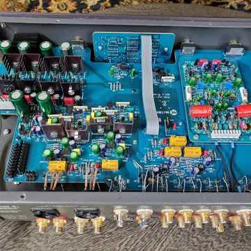 McCormack ALD-1 Deluxe Active Line Stage Preamp with Ph...