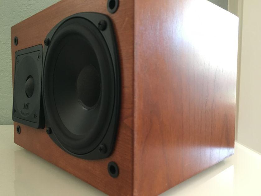MK Sound Center-650CCH