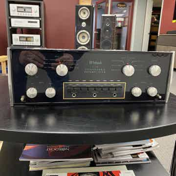 McIntosh C28 Stereo Pre Amplifier