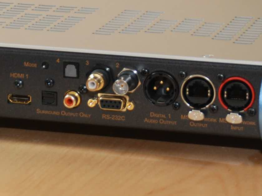 MSB Technology Universal Media Transport - plays CD/SACD/USB/Ethernet