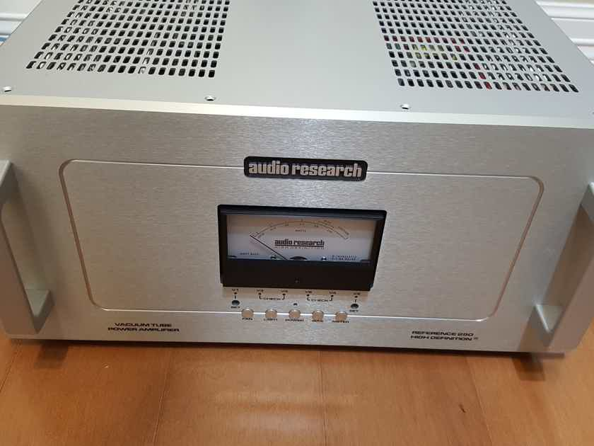 Audio Research Reference 250 with KT150