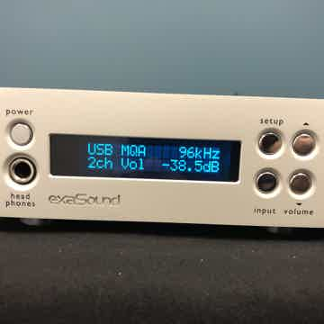 exaSound E32 with Teddy Pardo Power Supply