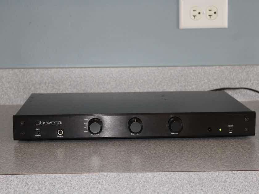 Bryston B-60r stereo integrated amplifier with remote EXCELLENT CONDITION