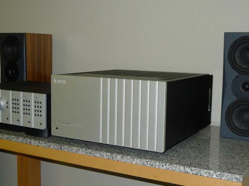 Lexicon POWERHOUSE  ZX-7 Amplifier 300 x 7 .....................near San Francisco