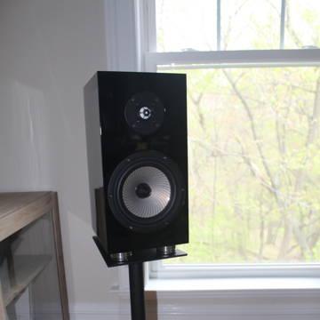 Verdant Audio Olneya Stand