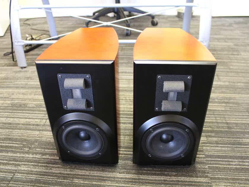 Vapor Audio Breeze Stand Mount Speakers