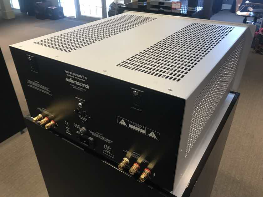 Audio Research Reference 75 2-Channel Tube Power Amplifier - Demo