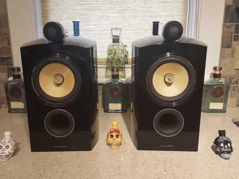B Amp W 805 D2 Diamond Bookshelf Speakers Amp Stands Trades