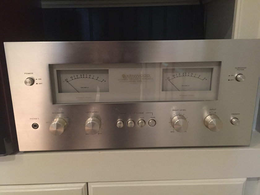 Kenwood Supreme M700 Amp