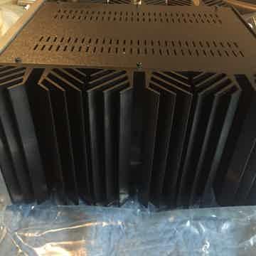 Pass Labs XA-160.5 mono amps