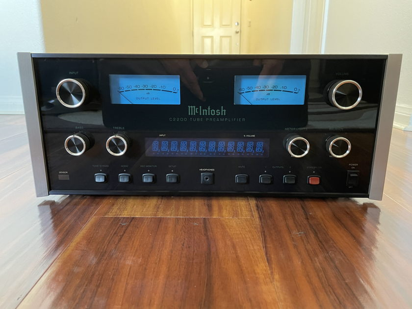 McIntosh C-2200 Tube Stereo Preamplifier