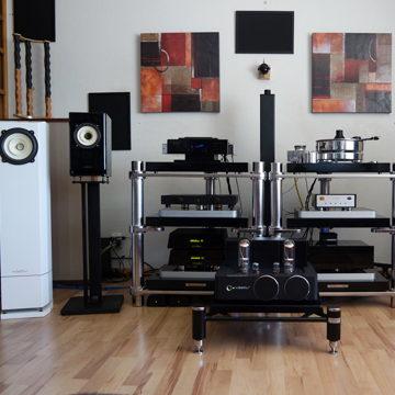 Voxativ T-211 (old version) with Voxativ's Hagen and Zeth speakers