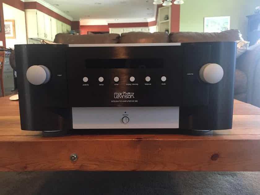 Mark Levinson  585 Integrated Amplifier : Trades OK