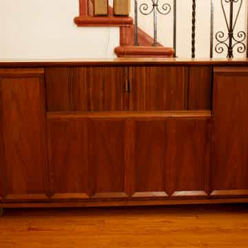 Fisher Executive VII Console Cabinet