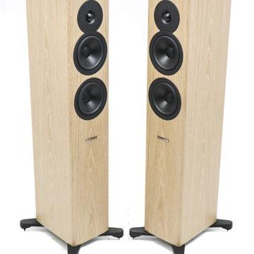 Evoke 30 Floorstanding Speakers