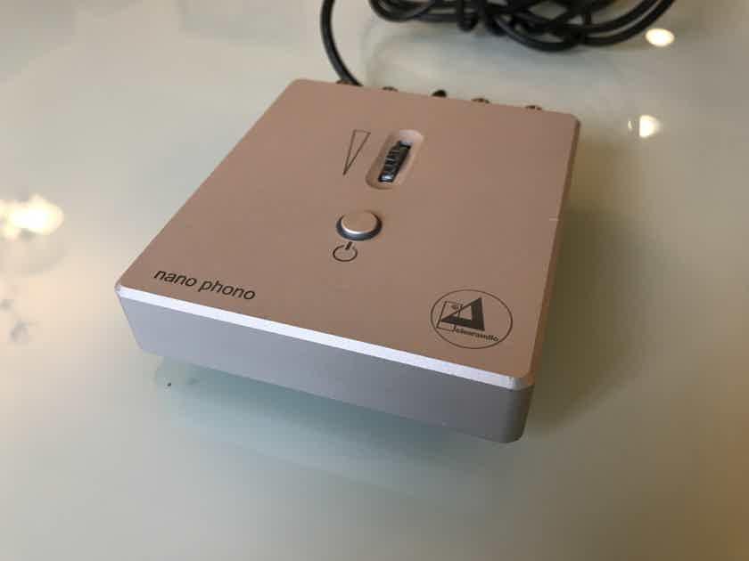 Clearaudio Nano V2 MM/MC Phono preamplifier